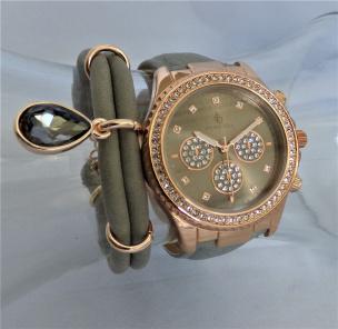 Damen-Armbanduhr im Chronolook rosé vergoldet/ grau