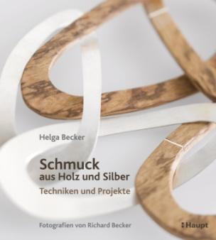 Schmuck aus Holz und Silber